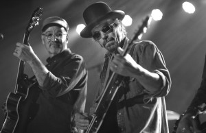 Marshall Crenshaw and Brian Henneman (Click photo to enlarge)